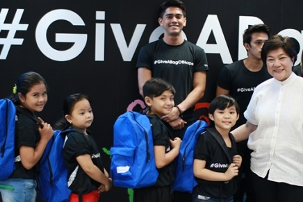Convergys begins nationwide drive to give 'Bags of Hope,' helps eliminate barriers to education