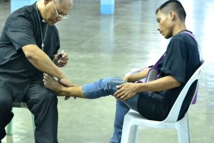 Healing priest nagpahigayon og Recollection