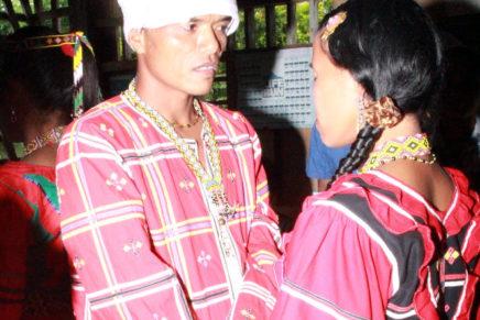 """""""Kasalan ng Barangay at Parokya"""" sa mga Lumad ug Bisaya sa Malabog"""
