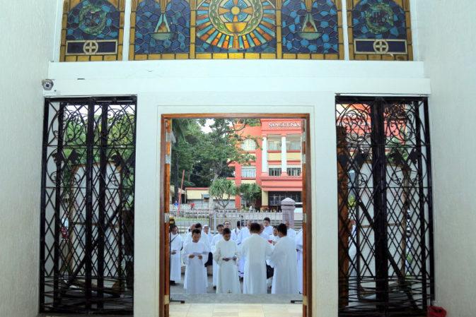 Panaw-duaw sa kaparian: Patron nga St. John Vianney, gihinumdum