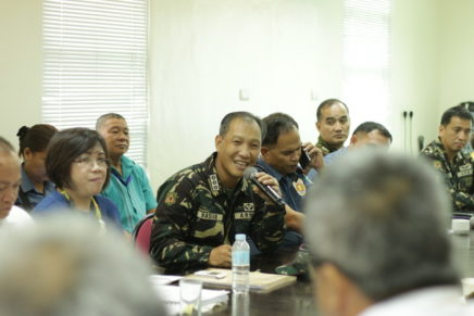 Military, civilians unite to pack goods for calamity victims