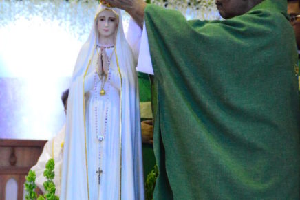 100 tuig sa pagpakita sa Birhen sa Fatima gilunsad
