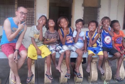 Teaching 'Goodjaos' to give and take