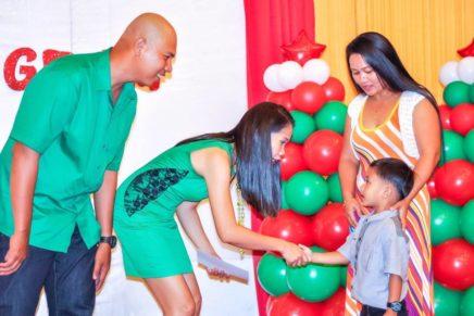 Nanay nagbukas ng eskwelahan para sa anak