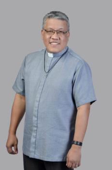 Rev Emman Calumpong portrait